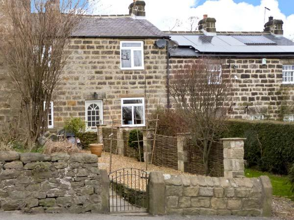 7 SCARAH BANK COTTAGES, countryside location, open fire, garden, in Ripley, Ref 22243 - Image 1 - Ripley - rentals