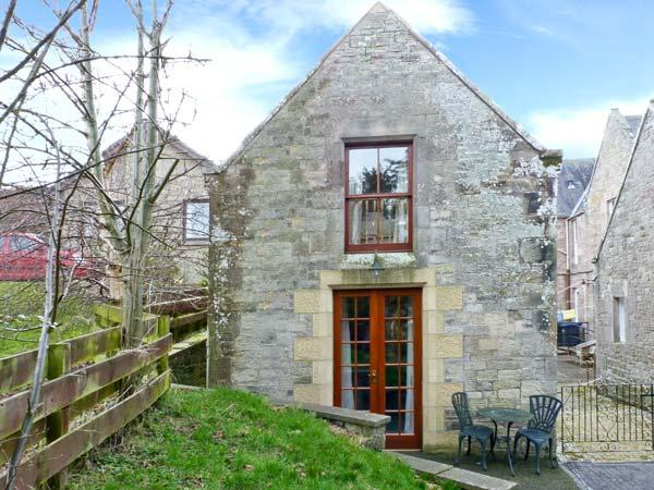 ALLERTON HOUSE STABLES, pet-friendly cottage, grounds, close amenities in Jedburgh, Ref 23920 - Image 1 - Jedburgh - rentals