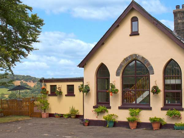 THE OLD SCHOOL, pet-friendly school conversion with country views, ideal touring near Lampeter Ref 24318 - Image 1 - Lampeter - rentals