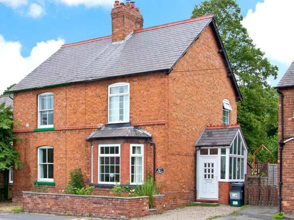 DUCK COTTAGE, canal views, multi-fuel stoves, lawned gardenm, in Christleton, near Chester, Ref 15308 - Image 1 - Christleton Chester - rentals