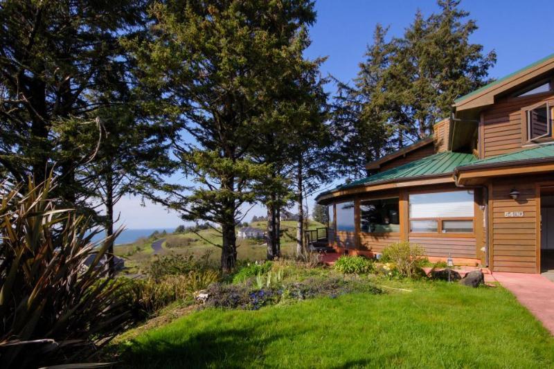 Sahhali Ocean Vista House - Image 1 - Neskowin - rentals