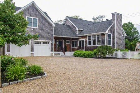 VINA DEL MAR: STYLISH IN-TOWN LIVING - EDG MHOE-20 - Image 1 - Edgartown - rentals