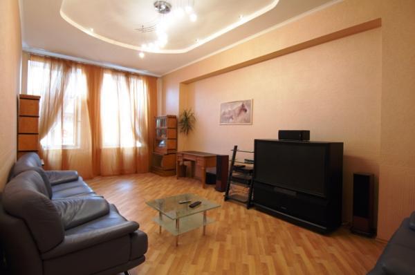 Living Room - VIP Jacuzzi 3 Bed apartment, in kiev center - Kiev - rentals