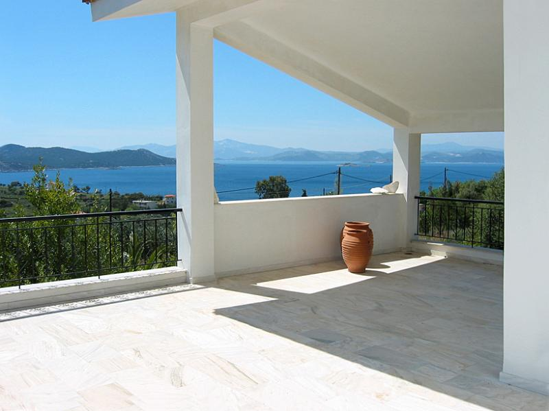The terrace - Villa Bellevue - Nea Styra - rentals