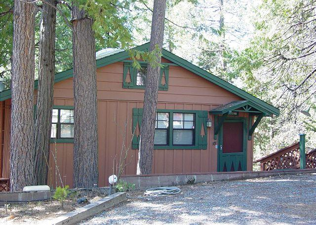 Exterior - View 1 - NEW LISTING!  Charming 2 BR / 2 BA Cabin; close to town w/Lake; sleeps 7-9. - Twain Harte - rentals