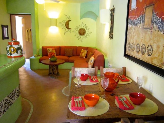 Living area - Luxurious 2BR - Condo Close to Beaches & Downtown - Zihuatanejo - rentals