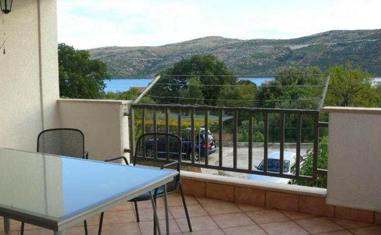 a terrace - Spacious apartment perfect for families! - Poljica - rentals