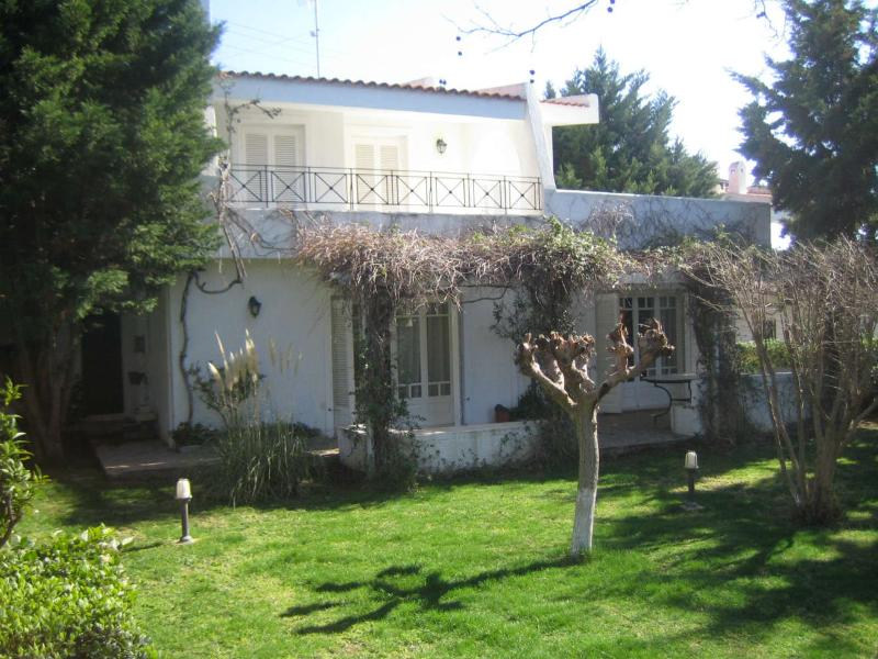 Front of the house & garden - Thymari Holiday House - Attica - rentals