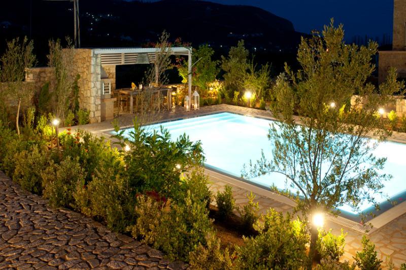 Stone Villa -  Last minute Offers! (Pool & BBQ) - Image 1 - Aghios Nikolaos - rentals
