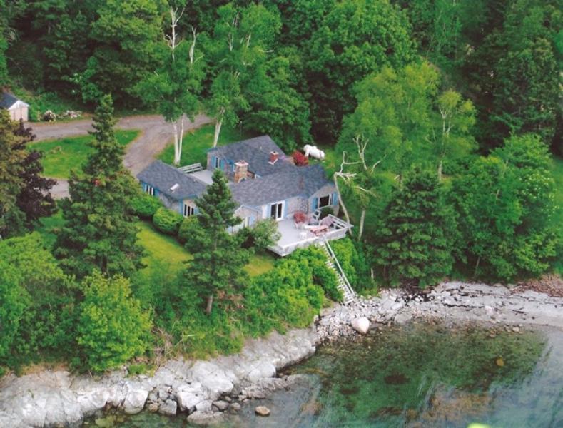 Trenton Bay Cottage - Image 1 - Trenton - rentals