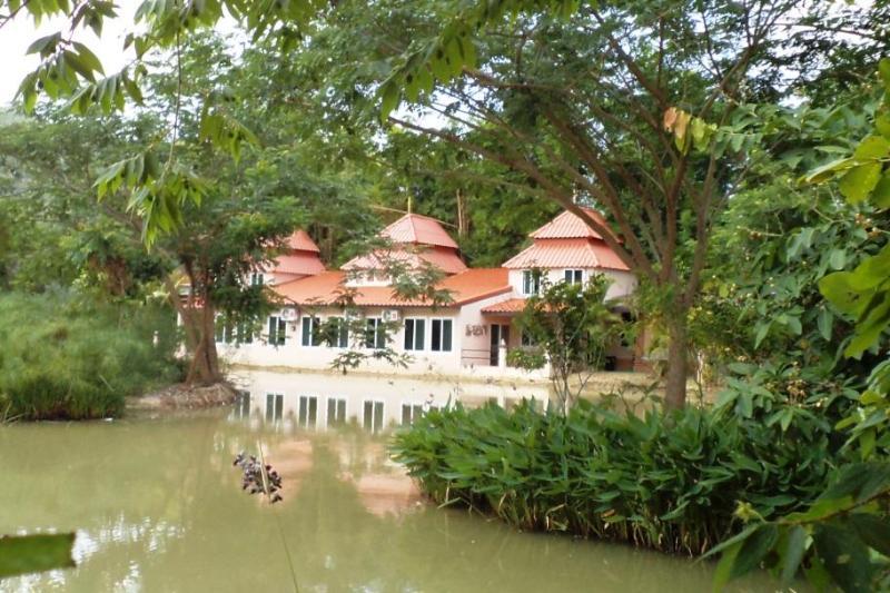 Kinkala 2-Bedroom Deluxe Garden Apartment - Kinkala 2-Bedroom Deluxe Garden Apartment 2 - Chiang Mai - rentals