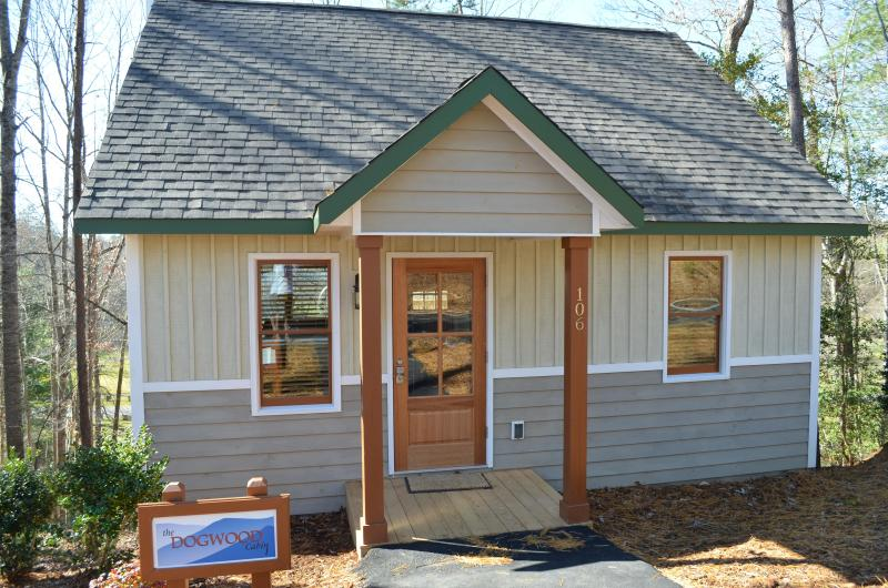 Dogwood Cabin - Cabin at White Sulphur Springs, Mount Airy, NC - Mount Airy - rentals