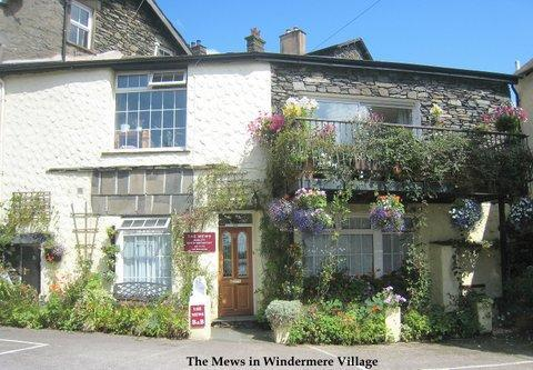 The Mews is an idyllic cottage in Windermere village - The Mews in Windermere - B&B with private lounge - Windermere - rentals
