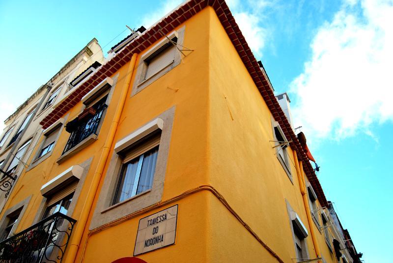 Casinha do Príncipe - Lisbon Cosy Apartment - Image 1 - Lisbon - rentals