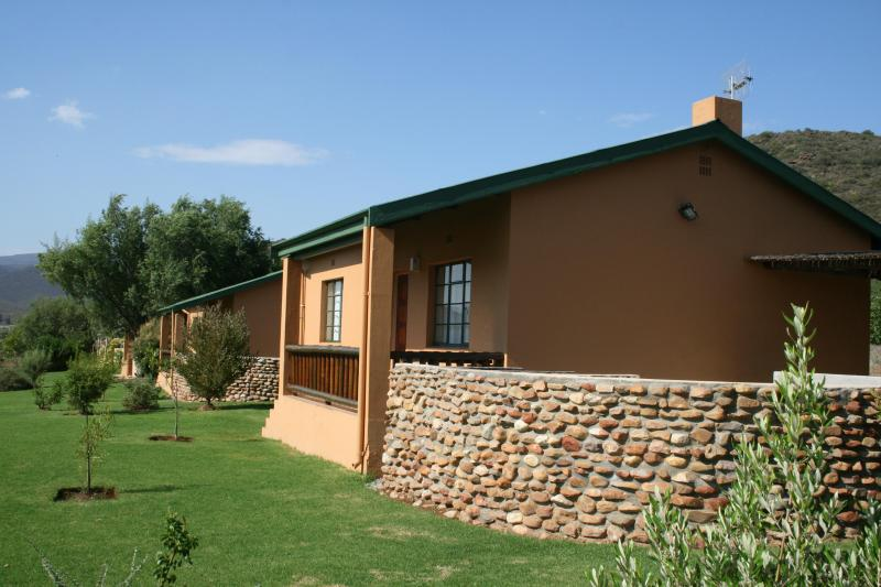 View of cottages - Le Domaine Self Catering Farm Cottage - Montagu - rentals