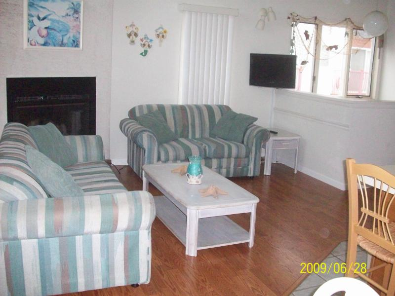 Living room - Diamond Beach - Ocean View - Beach Tags Included! - Wildwood Crest - rentals