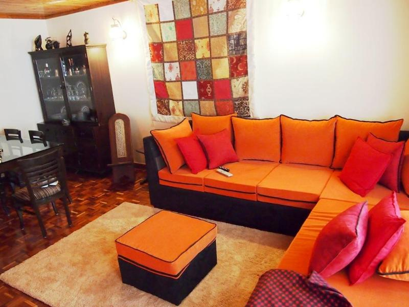 Living Room - OSCAR'S PLACE NEXT TO YAYA MALL - Nairobi - rentals