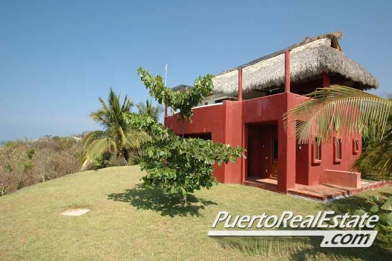 Casa Tamarine exterior -- Beachfront side - Casa Tamarine - 2BR Ocean Home in Puerto Escondido - Puerto Escondido - rentals