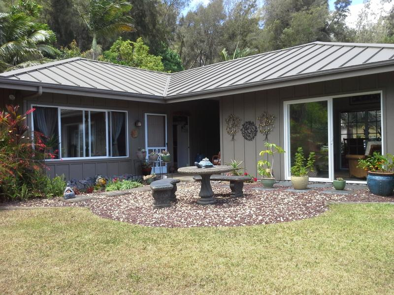 Your Home away from Home, the bedroom, hula room and court yard, stunning view - Always in Season Farmstead Vacation Rental and Retreat - Hawi - rentals