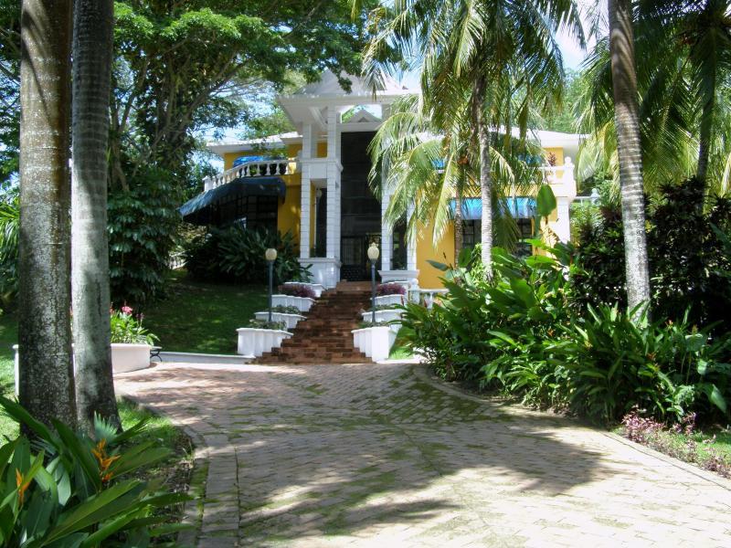 El Naranjuelo - Image 1 - Girardot - rentals