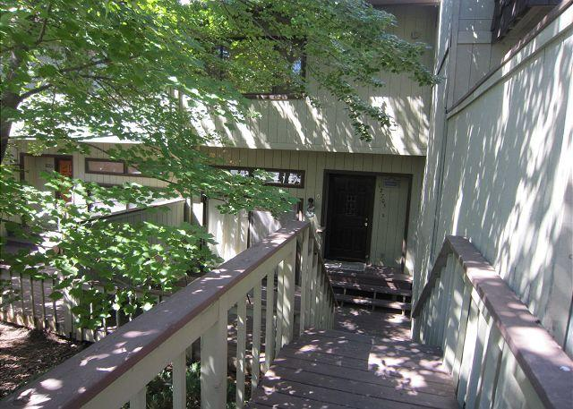 The Green Nook by the Golf Course - Image 1 - Groveland - rentals