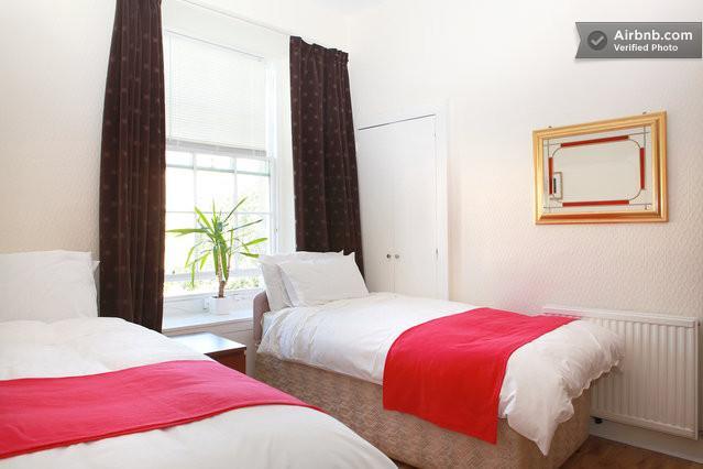 triple bedroom or twin bedroom - 2or 3 bedrooms apartment St Mary's street free par - Edinburgh - rentals