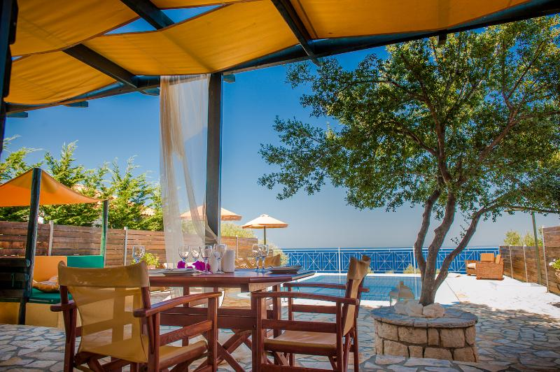 Outdoor dining area - Emerald Classic Small Villa - Zakynthos - rentals