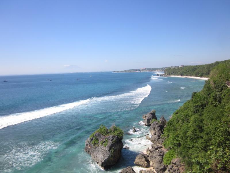 Million $ views for less than $100 - Image 1 - Padangbai - rentals