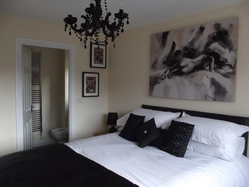 Master bedroom - Forest view in the Forest of Dean - Gloucester - rentals