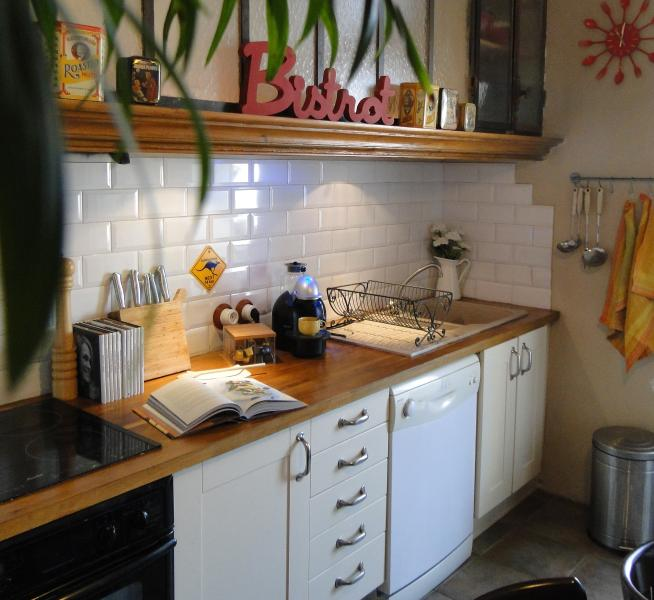 kitchen - Charming apartement, central place, beautiful view - Marseille - rentals