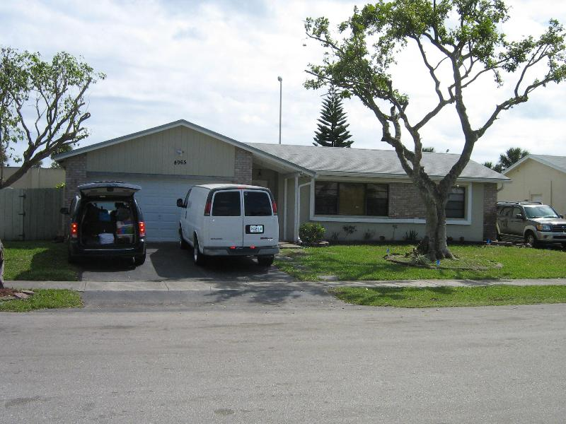 A Great Vacation Home - Image 1 - Margate - rentals