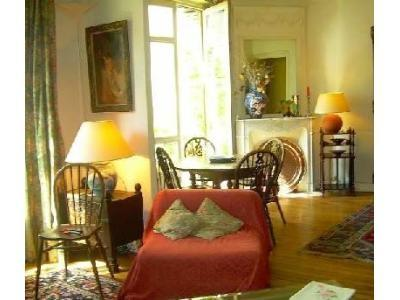 Living room - Stylish Apartment in the Montmartre Neighborhood, Paris - Paris - rentals