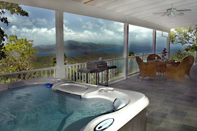 Relax in your private spa while enjoying the amazing view, peace and tranquility at Monkey No Climb - Monkey No Climb-Quiet Privacy, VIEW, Nice Location - Coral Bay - rentals