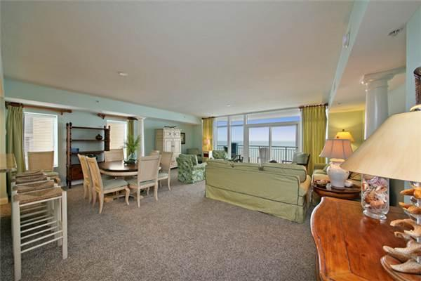 Ocean Blue Resort Penthouse 5 Bedroom Luxury Condo in Myrtle Beach - Image 1 - Myrtle Beach - rentals