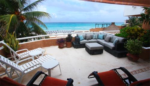 Private ocean with terrace with lounge chairs and patio set. - Ocean View Condo in Playacar  - Fishermens 228 - Playa del Carmen - rentals