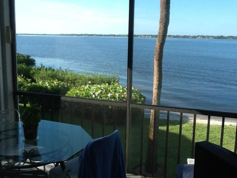 Lanai / Porch View facing SW - Hutchinson Island, Indian River Plantation, Stuart - Hutchinson Island - rentals