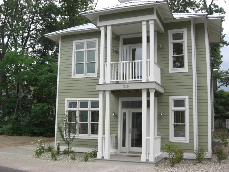 Front - Mint Julep - Michigan City - rentals