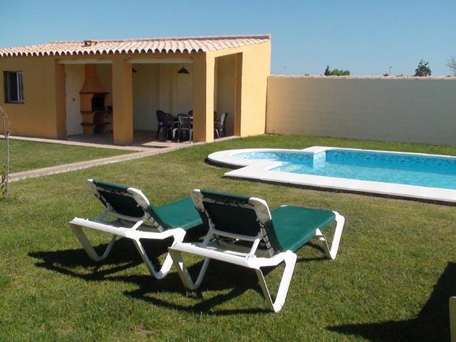 Modern family villa with private pool & garden. - Image 1 - Chiclana de la Frontera - rentals
