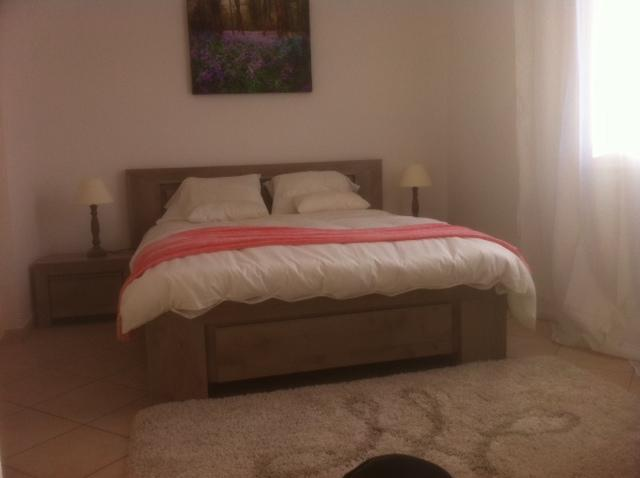 Double Bedroom - Parc Alexandre Rental Home with a Grill and Terrace, in Cannes - Cannes - rentals