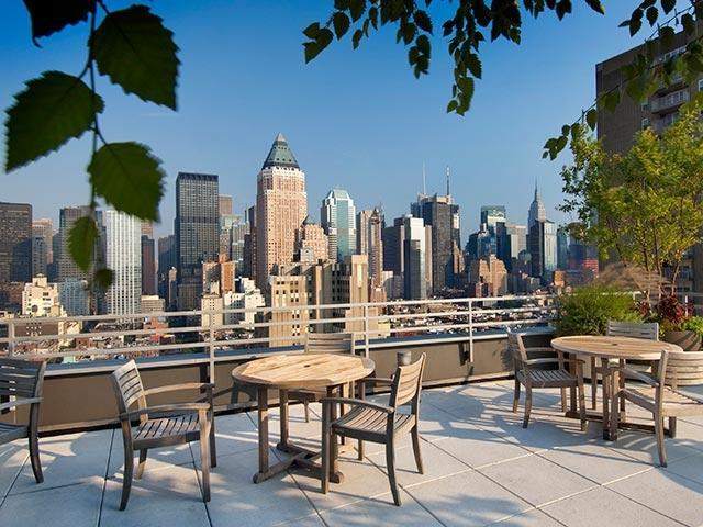 Rooftop Sky Deck - Midtown Upscale spacious 2bedroom/2bathroom - New York City - rentals