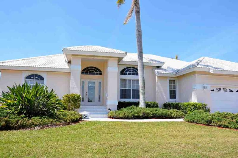 Front of Home - Partridge Ct. - PAR620 - Splendid Waterfront w/Direct Access! - Marco Island - rentals