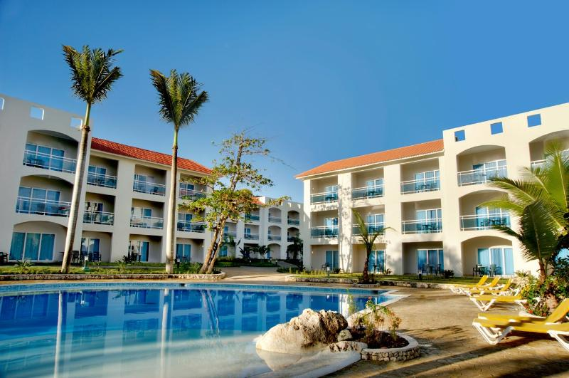 Cofresi palm beach studio -* all inclusive Resort - Image 1 - Puerto Plata - rentals