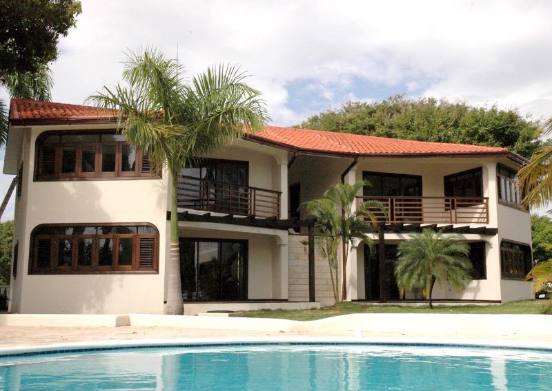 Royal suites - 2bedroom Luxury Royal Suite -All inclusive - Costambar - rentals