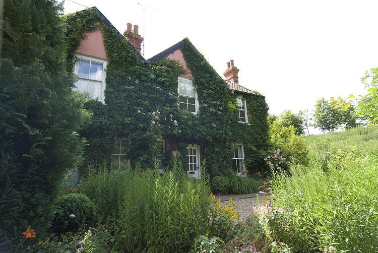 Primrose Cottage - Image 1 - Ipswich - rentals