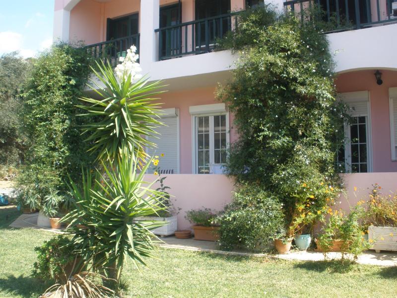 Livadi apartments - Image 1 - Rethymnon Prefecture - rentals