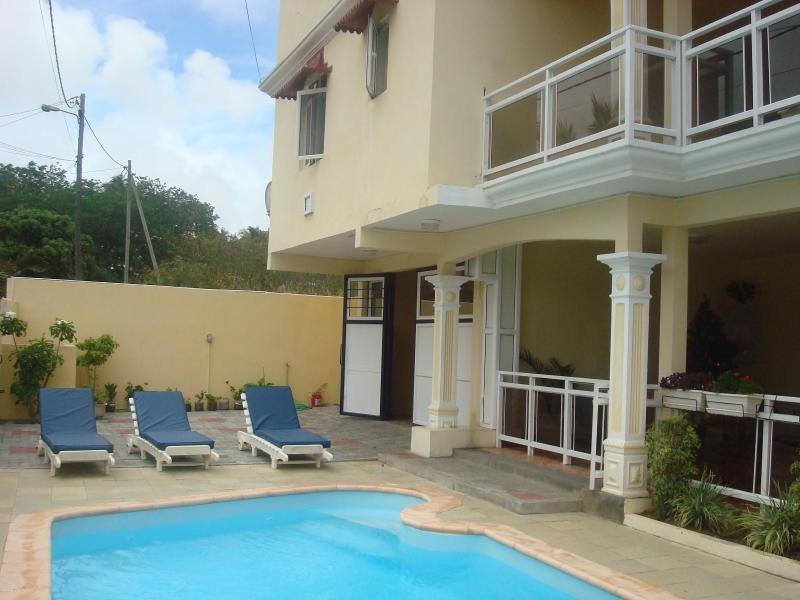 façade - VILLA T-TO AIRPORT-BREAKFAST-AND 4 EXCURSION  PER - Grand Baie - rentals