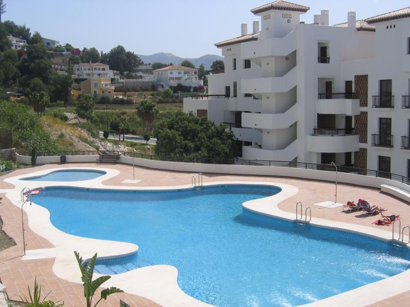 Beautiful Apartment In Terrazas Cármenes Del Mar - Image 1 - La Herradura - rentals