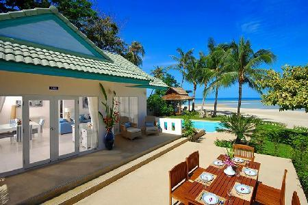 Picturesque Villa Baan Rim Haad, pristine beachfront, and daily housekeeping - Image 1 - Koh Samui - rentals