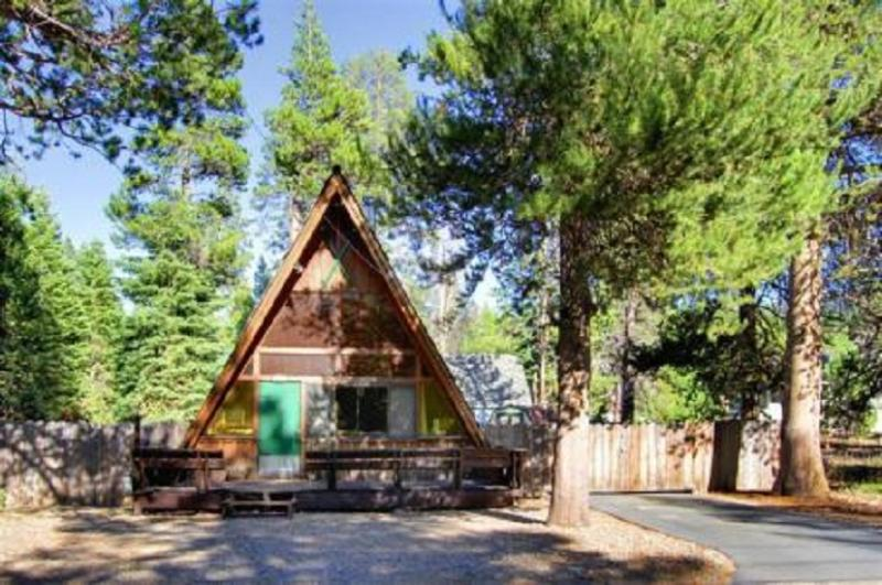 Tahoe Chalet  Reunion Front Driveway - Classic A Frame, Modern Amenities - South Lake Tahoe - rentals