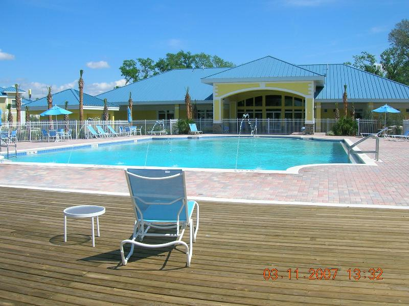 Pool at clubhouse - Spacious 4 bedroom townhome, 15 mins from Disney! - Kissimmee - rentals